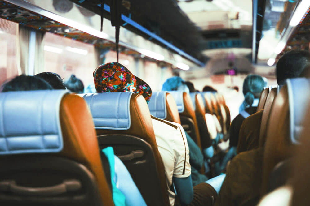 Top 7 Reasons to Travel by Bus
