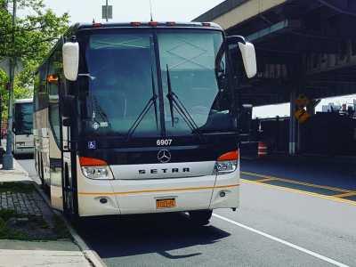 Charter Bus Rent 84