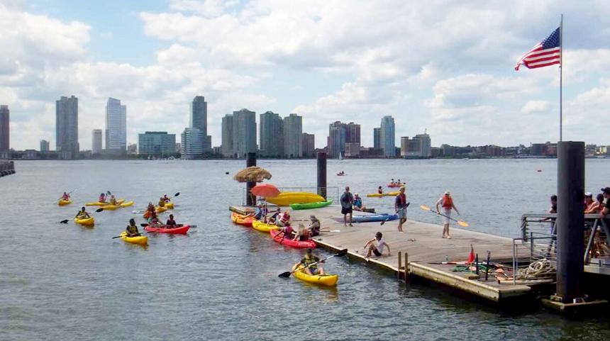 New York Kayaking on the Hudson