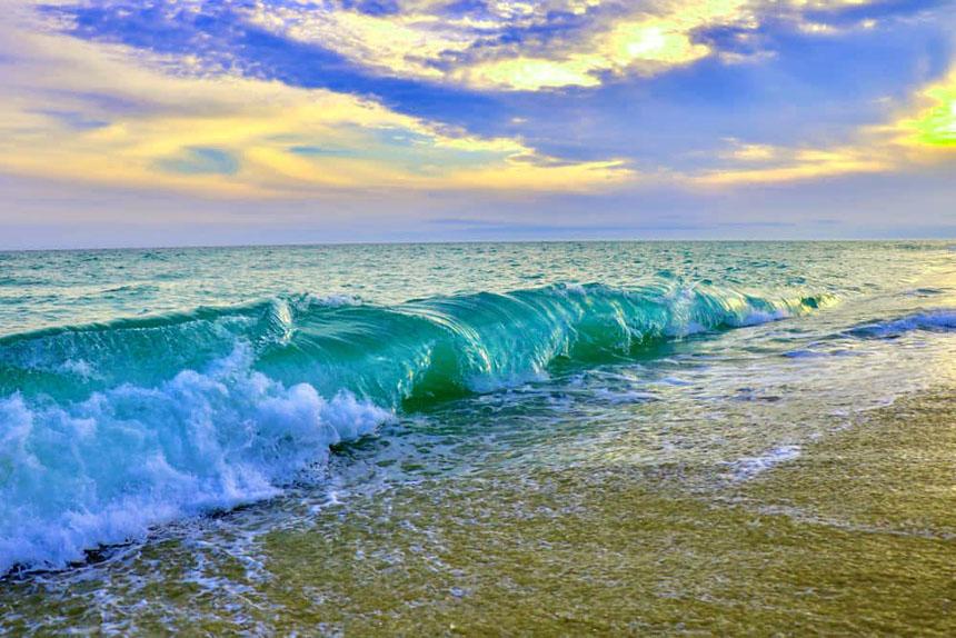 massachusetts POPULAR BEACH